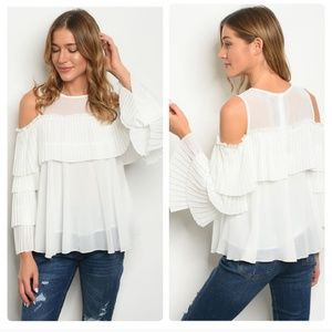 NWT Gorgeous cold shoulder ruffle sleeve top!